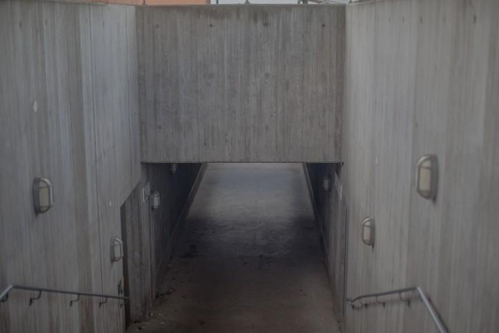 Undergång, betong, Lampor, Foto: Karl Larsson