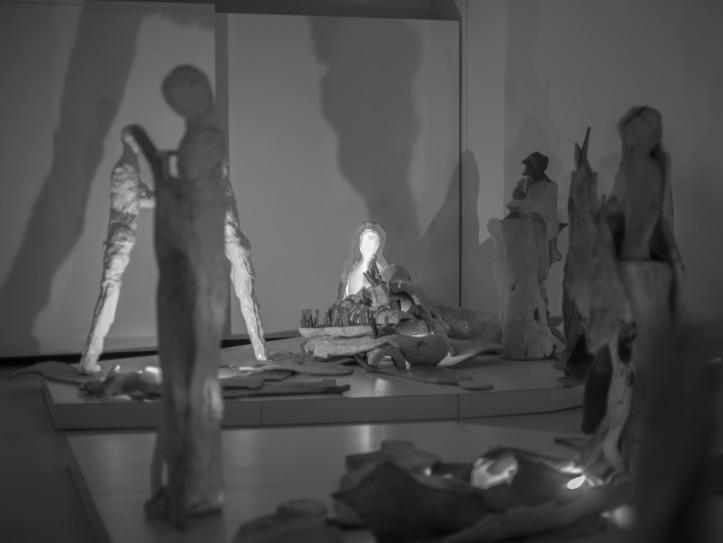 2017-05-13, Klaipeda samtidsmuseum, skulpturer, sculptures, skuggor, shadows, Foto: Karl Larsson